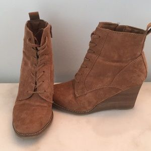 7410a793301d Brown ankle booties A New Day Target size 6